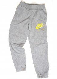 Pantaloni trening Nike 10-12 ani