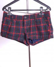 Pantaloni scurti marime S