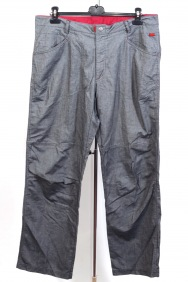 Pantaloni Vadu marime 54